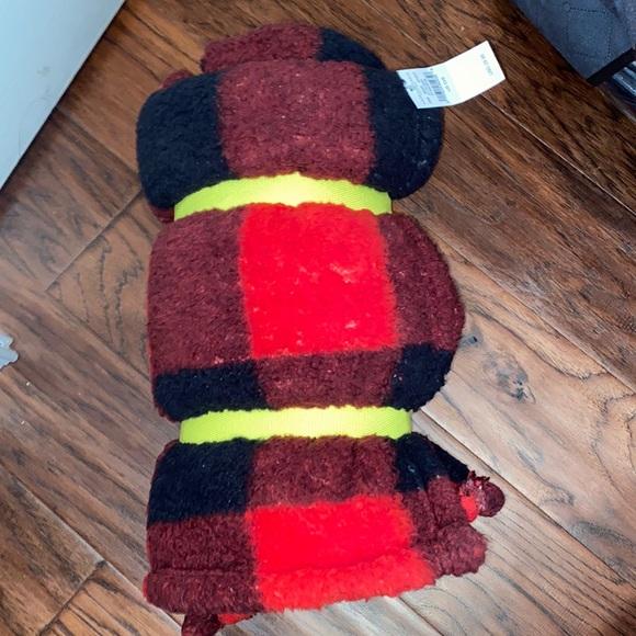 American Eagle super soft blanket